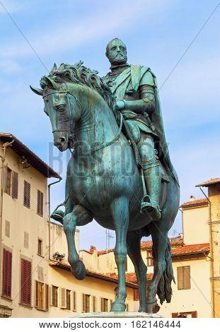 Statue of Cosimo I de Medici Piazza Signoria Florence Italy