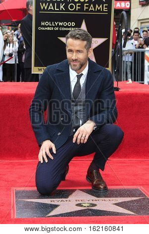 LOS ANGELES - DEC 15: Ryan Reynolds at a ceremony as Ryan Reynolds is honored with a star on the Hollywood Walk of Fame on December 15, 2016 in Los Angeles, California