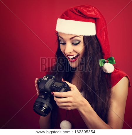 Young Female Photograph Made The Photo And Looking In Camera On The Best Short With Excited Face And