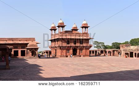 The Diwan-i-Khas Hall of Private Audience in Fatehpur Sikri, Agra, India. A UNESCO World Heritage Site.