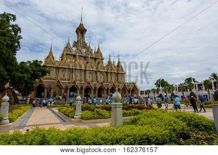 Uthai Thani, Thailand - August 12, 2016: On Mother's Day,Tourists are walkinvig in grounds of Wat Thasung or Wat Chantaram in Uthai Thani Pronce, Thailand.