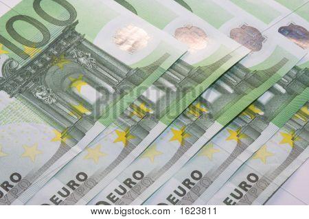 Euro Money Six