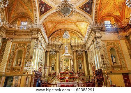 GUANAJUATO, MEXICO - JANUARY 1, 2015 Our Lady of Guanajuato Basilica Altar Mary Statue Christmas Guanajuato Mexico Basilica de Nusetra Senora Guanajuato Mexico