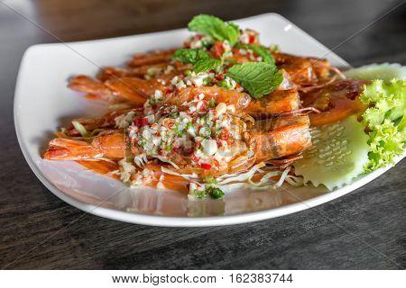 Tiger prawn spicy salad, thai sefood groumet cuisine