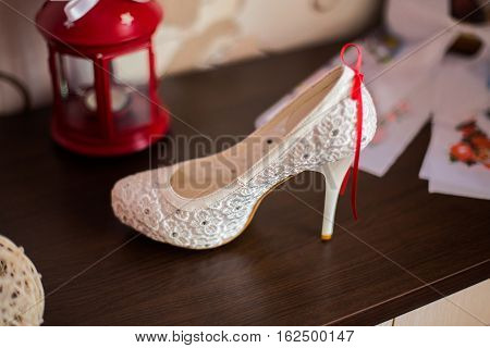 white bridal shoesbride fees bride morning ladies shoes wedding fashion wedding stylish shoes