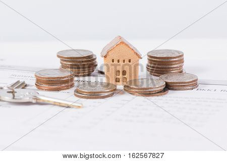 House and keyring investment and real-estate concept