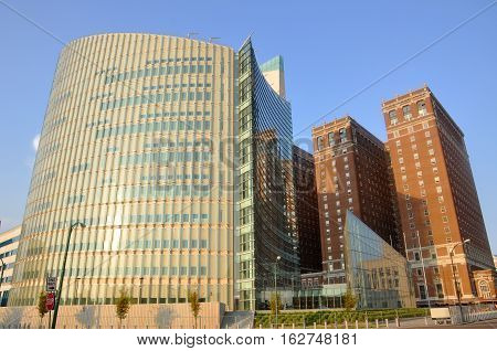 Federal Courthouse in the front and Statler Hotel in downtown Buffalo, New York State, USA.