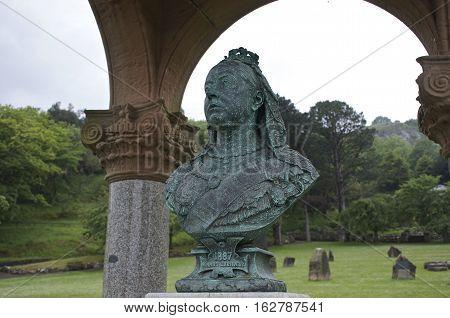 Queen Victoria Memorial metal statue figure 1880 Llandudno