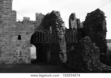 A view of the ruins of the gatehouse range at Balvaird castle