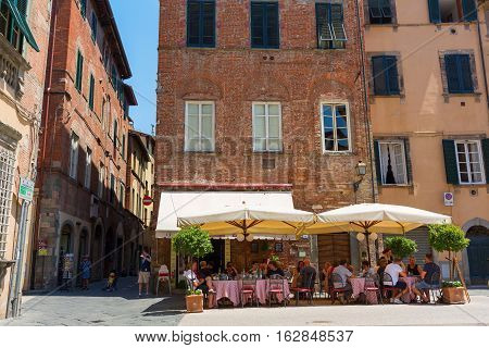 Town Square With Restaurant In Lucca, Tuscany, Italy