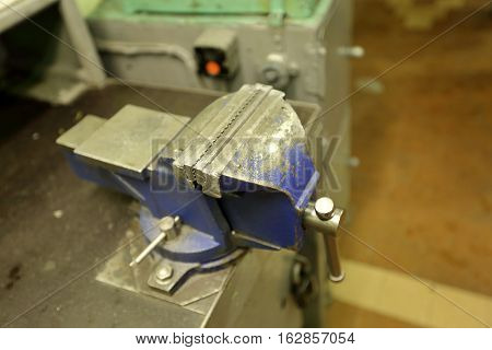 Large Industrial Vise