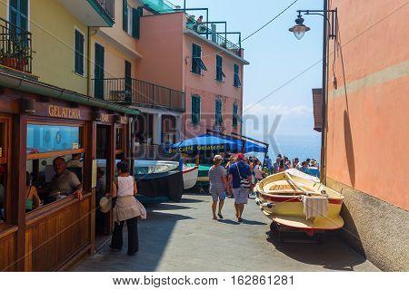 Street View In Manarola, Cinque Terre, Italy