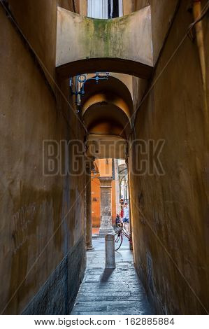 Picturesque Alley In Pisa, Tuscany, Italy