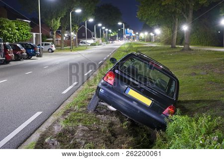 Enschede, The Netherlands - Sept 30, 2018: A Car Had Driven Into A Ditch