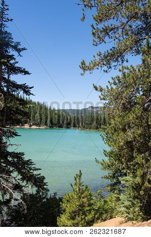 View Of Sparks Lake On The Cascade Lakes Scenic Byway In Bend Oregon In Deschutes County. The Lake H