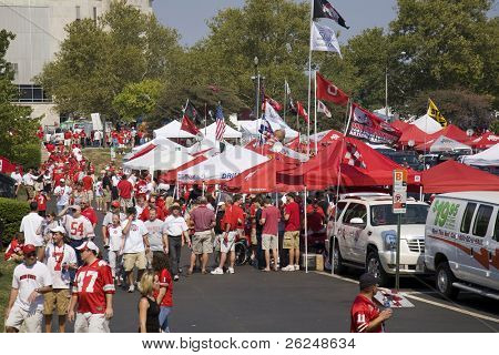 Tailgating before the Ohio State football game