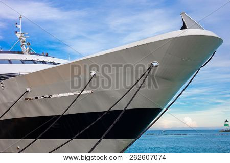Front Part Of Large Luxury Yacht Tied To The Dock On Lake Michigan