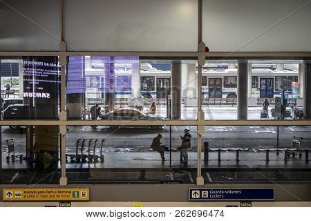 Guarulhos Sao Paulo, Brazil, August 01, 2018. Buses And Cars In Cumbica Airport Terminal In Guarulho