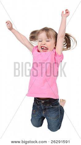 Adorable kleines Mädchen springen in der Luft. isoliert auf weißem Hintergrund