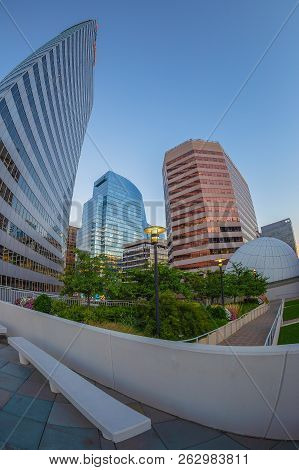 Rosslyn, Washington Dc, Usa - September 6, 2018: View At Morning Light Of Rosslyn Skyscrapers Along