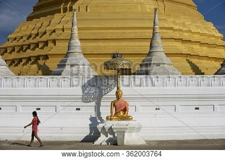 Mae Sot, Thailand - November 20, 2013: Buddha Statue  In Front Of The Wat Chumphon Khiri Buddhist St