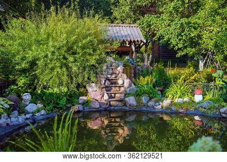 Murom, Russia - August 24, 2019: Decorative Pond And Beautiful Landscaping In Holy Trinity Convent I
