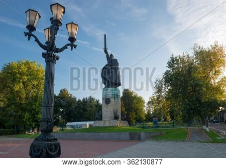 Murom, Russia - August 24, 2019:  Monument To Ilya Muromets In Murom On Embankment Of River Oka. Rus