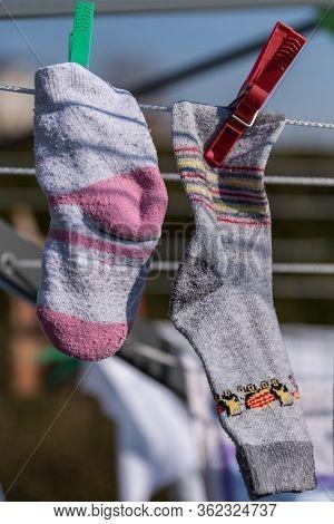 Children's Socks To Dry - Offspring