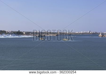 Sevastopol, Crimea, Russia - July 28, 2019: Small Anti-submarine Ship Mpk-118 Suzdalets With A Smoke