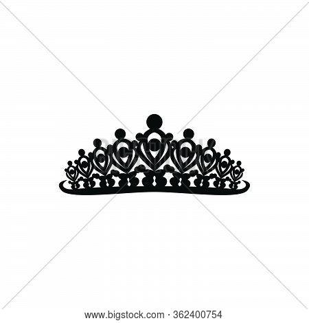 Princes Tiara Crown Or Royal Diadem Logo Ideas. Inspiration Logo Design. Template Vector Illustratio