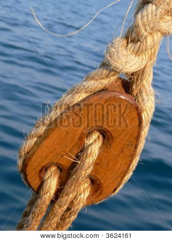 Wooden Pulley Block