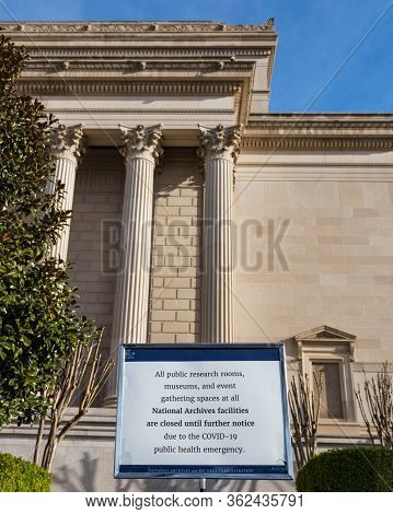 Washington, Dc, Usa, 14th March, 2020. Smithsonian Museums And National Monuments Close Due To Coron