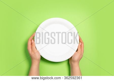 Plate For Food. Eco-friendly Life - Organic Made Recycle Things Replace Polymers, Plastics Analogues