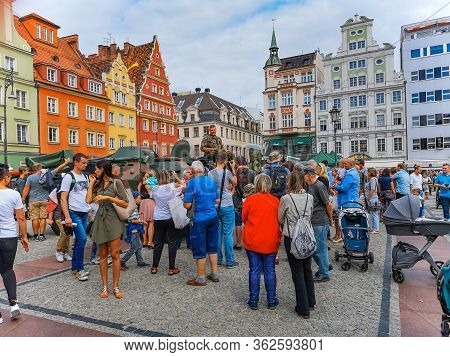 Wroclaw August 15 2018 Polish Troops Festival On Market Square