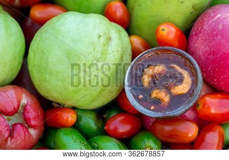 Raw Mango Slice With Sweet Dried Shrimp Sauce, Mango And Guava With Sweet Fish Sauce Is A Delicious