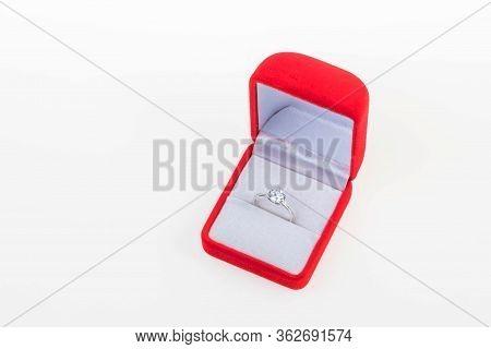 Diamond Ring, Wedding Ring, Wedding Ring Bride Price. Wedding Symbols. Wedding Ceremony. Image For O