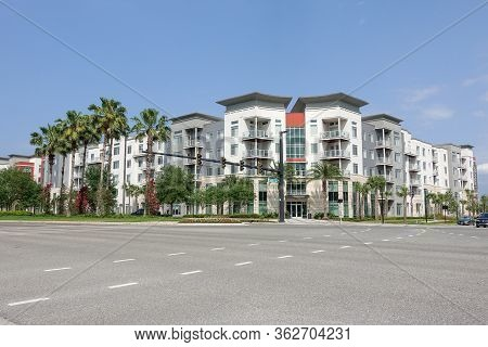 Orlando, Fl/usa-4/10/20: The Exterior Of Landon House Luxury Apartment Complex In Lake Nona In Orlan