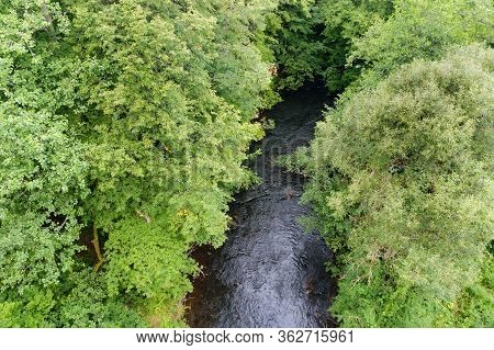 Shallow Roaring River, Shallow Clean River In Summer