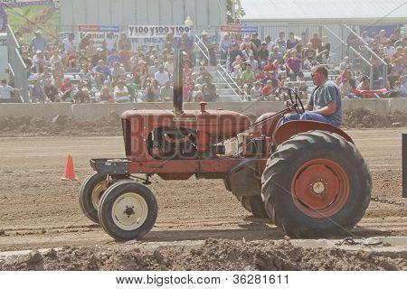 Orange Allis Chalmers Tractor Pulling