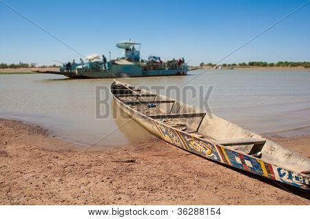Typical Boat, Djenn�, Mali, Africa.