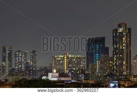 Bangkok, Thailand - 05 Apr 2020 : Bangkok Downtown At Night View In The Business District, Beautiful