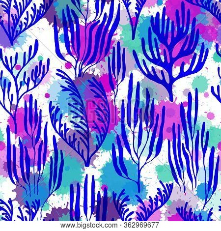 Coral Polyps Seamless Pattern. Paint Splashes Drops Watercolor Background. Aquarium Water Plants Sum