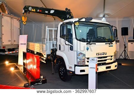 Pasay, Ph - April 7 - Isuzu Flatbed Truck At Manila International Auto Show On April 7, 2018 In Pasa