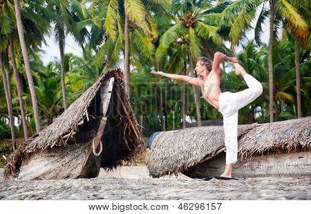Yoga Natarajasana Dancer Pose
