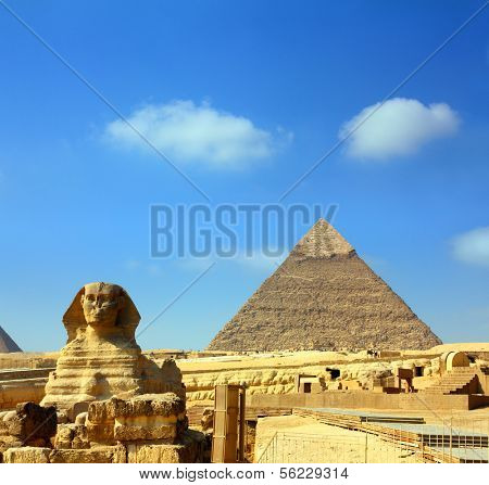 famous ancient egypt Cheops pyramid and sphinx in Giza