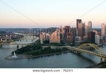 Pittsburgh 4