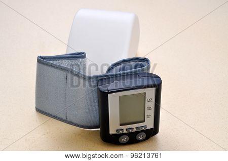 Blood pressure appareil