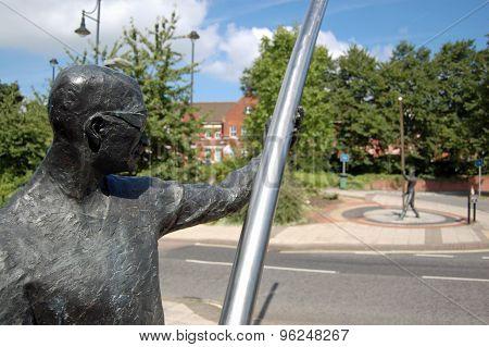L'arc Statue, Basingstoke