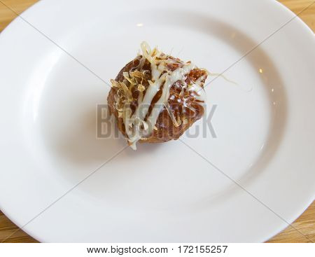 Close up japan food takoyaki on plate
