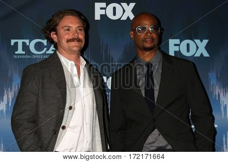 LOS ANGELES - JAN 11:  Clayne Crawford, Damon Wayans Sr at the FOXTV TCA Winter 2017 All-Star Party at Langham Hotel on January 11, 2017 in Pasadena, CA